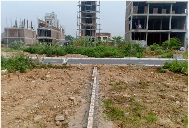Săn đất cắt lỗ sau dịch bệnh, sẵn tiền dư âm thầm mua gom lô nhỏ-1
