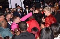 Sốc: Bạn trai 'bom sex' Megan Fox bị võ sĩ McGregor đấm ngay trên thảm đỏ MTV VMAs 2021