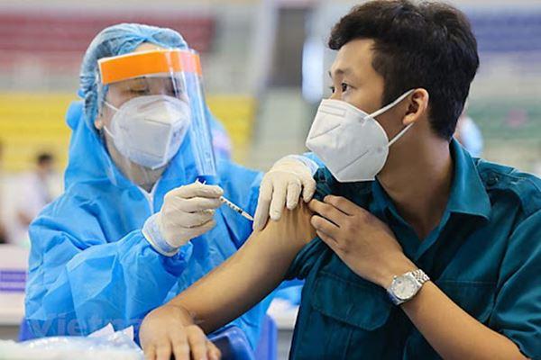 Có nên tiêm phòng vắc-xin Covid-19 cho trẻ em hay không?-2