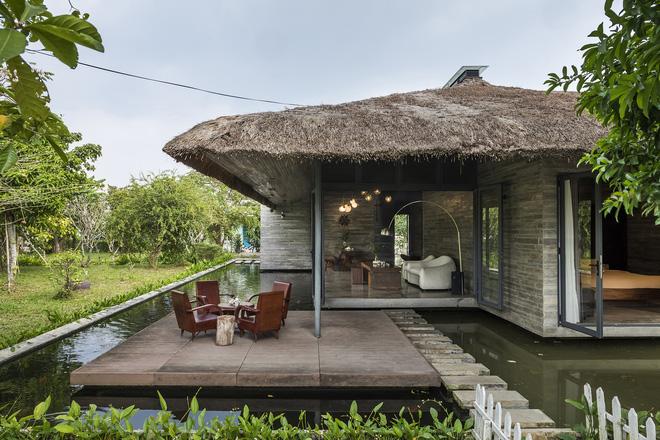 Giám đốc marketing về miền Tây xây biệt thự nhà vườn hệt như một ốc đảo riêng tư, có cả hồ cá Koi ngắm mà ghen tị-2