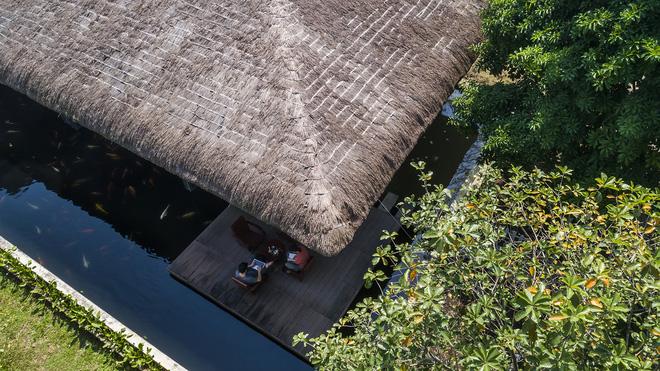 Giám đốc marketing về miền Tây xây biệt thự nhà vườn hệt như một ốc đảo riêng tư, có cả hồ cá Koi ngắm mà ghen tị-4