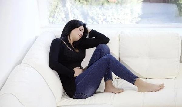 Phụ nữ mắc ung thư cổ tử cung sẽ có 4 thay đổi kỳ lạ ở âm đạo, chủ quan có thể khiến bạn hối hận suốt đời-4
