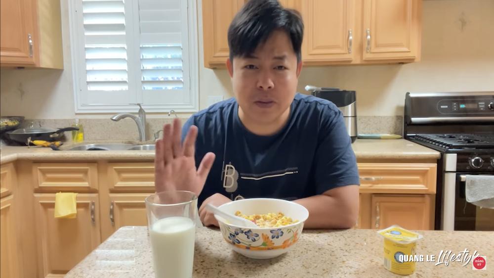 Quang Lê khoe cuộc sống sung túc tại Mỹ: Ăn tôm hùm, mua dàn máy 30 ngàn đô về vứt xó-2