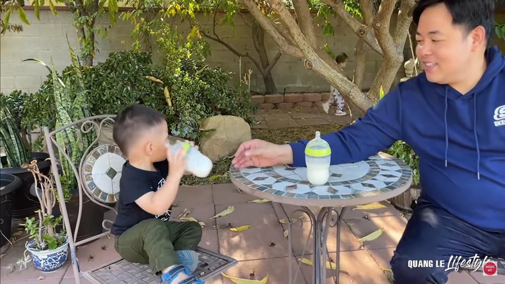 Quang Lê khoe cuộc sống sung túc tại Mỹ: Ăn tôm hùm, mua dàn máy 30 ngàn đô về vứt xó-4