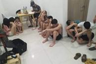 Thuê 2 thiếu nữ đến căn hộ chung cư để phục vụ cuộc chơi