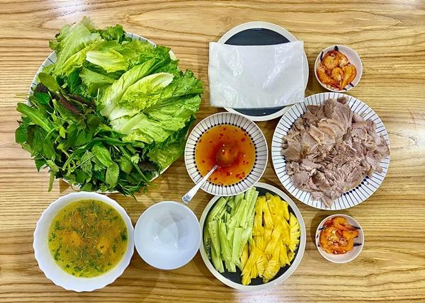 MC Đan Lê nấu nướngsiêu ngon, trình bày đẹp mắt như ngoài hàng, bảo sao ông xã đạo diễn chỉ muốn về nhà ăn cơm-8
