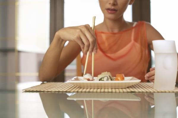 3 điều bất thường sau bữa ăn cho thấy đường huyết của bạn đang cao quá mức, hãy ghi nhớ 3 TRÁNH - 2 LÀM để cứu mình-4