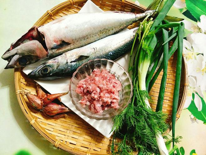 Mách chị em cách làm chả cá thơm ngon, giòn dai đúng điệu, cả nhà ăn đều tấm tắc khen-4