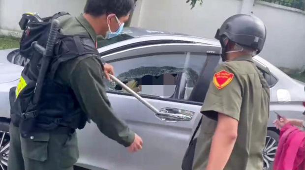 Vụ Bí thư thị trấn ở Bình Dương tử vong trong ô tô: Ghế trước có túi đựng 2 lọ thuốc trừ sâu, thuốc diệt mối đã cạn-2