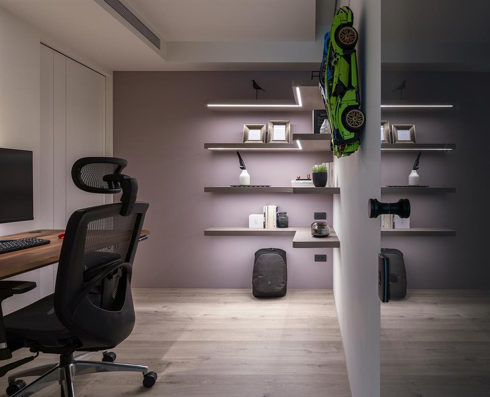 Căn hộ cũ kỹ xuống cấp với đồ đạc lộn xộn được biến hình thành không gian tinh tế, hiện đại dành cho vợ chồng trẻ-12