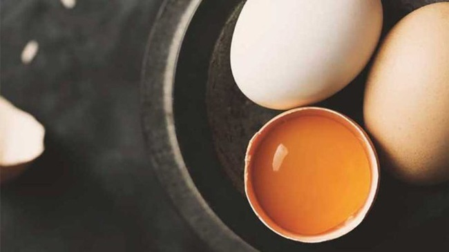Muốn bữa sáng đủ chất, nhiều người ăn trứng kết hợp với món cực bổ này mà không biết sẽ gây tổn hại sức khỏe-4