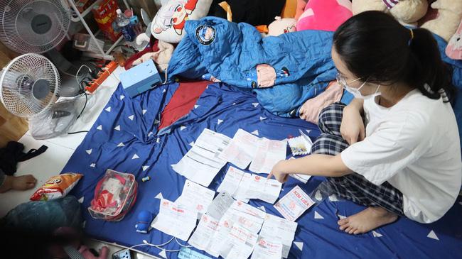 Nữ chúa nhẫn trộm 2.380 nhẫn vàng ở Bình Phước bằng cách nào?-3