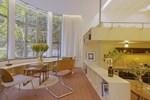 Cải tạo nhà nhỏ 90 năm tuổi thành căn hộ 5 phòng siêu xinh