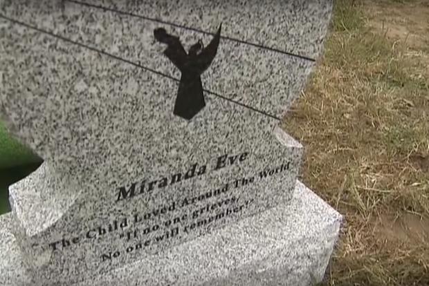 Đào quan tài kính dưới lòng đất, các nhà khoa học sửng sốt thấy bé gái vẹn nguyên như thiên thần say ngủ cùng bí mật bị chôn vùi 140 năm-6