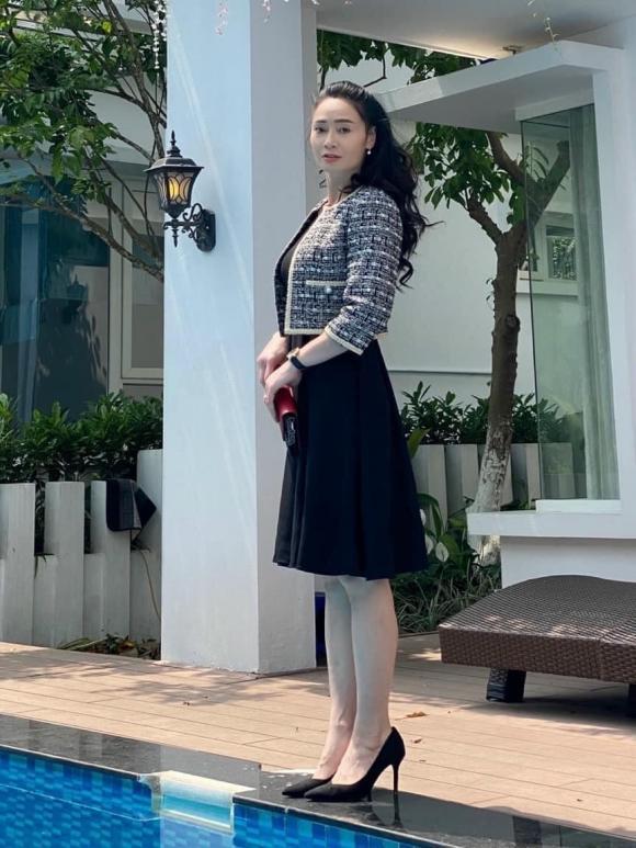 Cái nết hơi tệ nhưng gu thời trang của bà Xuân trong Hương vị tình thân thì đẹp miễn bàn-7