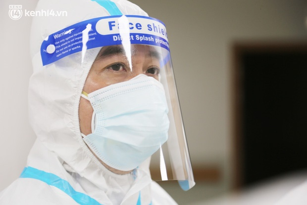 Nỗi lòng của bác sĩ 91 đi chống dịch từ Đà Nẵng, Bắc Giang đến TP.HCM: 2 cái sinh nhật của con qua rồi, tôi đều thất hứa với nó...-1