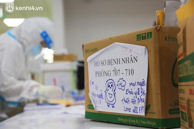 Nỗi lòng của bác sĩ 91 đi chống dịch từ Đà Nẵng, Bắc Giang đến TP.HCM: 2 cái sinh nhật của con qua rồi, tôi đều thất hứa với nó...-12