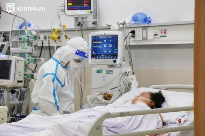 Nỗi lòng của bác sĩ 91 đi chống dịch từ Đà Nẵng, Bắc Giang đến TP.HCM: 2 cái sinh nhật của con qua rồi, tôi đều thất hứa với nó...-17