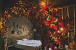 Phòng ngủ lung linh rực rỡ sắc màu Trung thu nhờ bàn tay khéo decor của cô gái Hà Nội