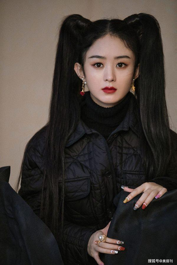 Kiểu tóc chí mạng của chị em 30: Ngọc Trinh và Triệu Lệ Dĩnh đều thảm, may ra 1 nàng cân nổi-1