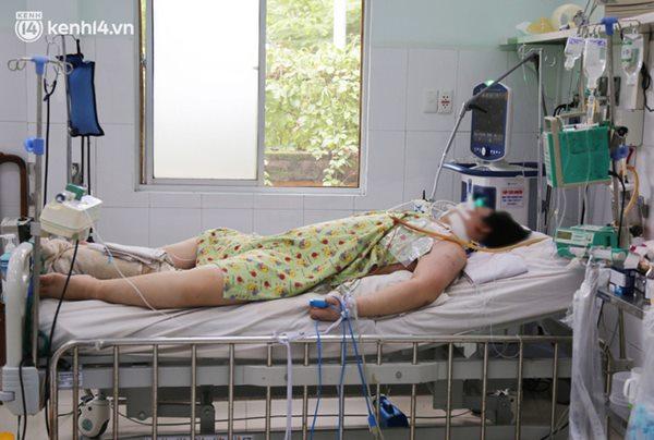 Cân não giành sự sống cho hàng trăm em bé F0 nguy kịch ở bệnh viện tuyến cuối điều trị Covid-19-5