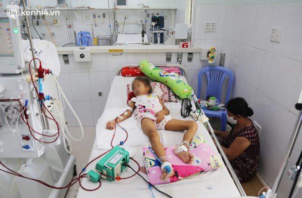 Cân não giành sự sống cho hàng trăm em bé F0 nguy kịch ở bệnh viện tuyến cuối điều trị Covid-19-9