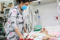 Cân não giành sự sống cho hàng trăm em bé F0 nguy kịch ở bệnh viện tuyến cuối điều trị Covid-19