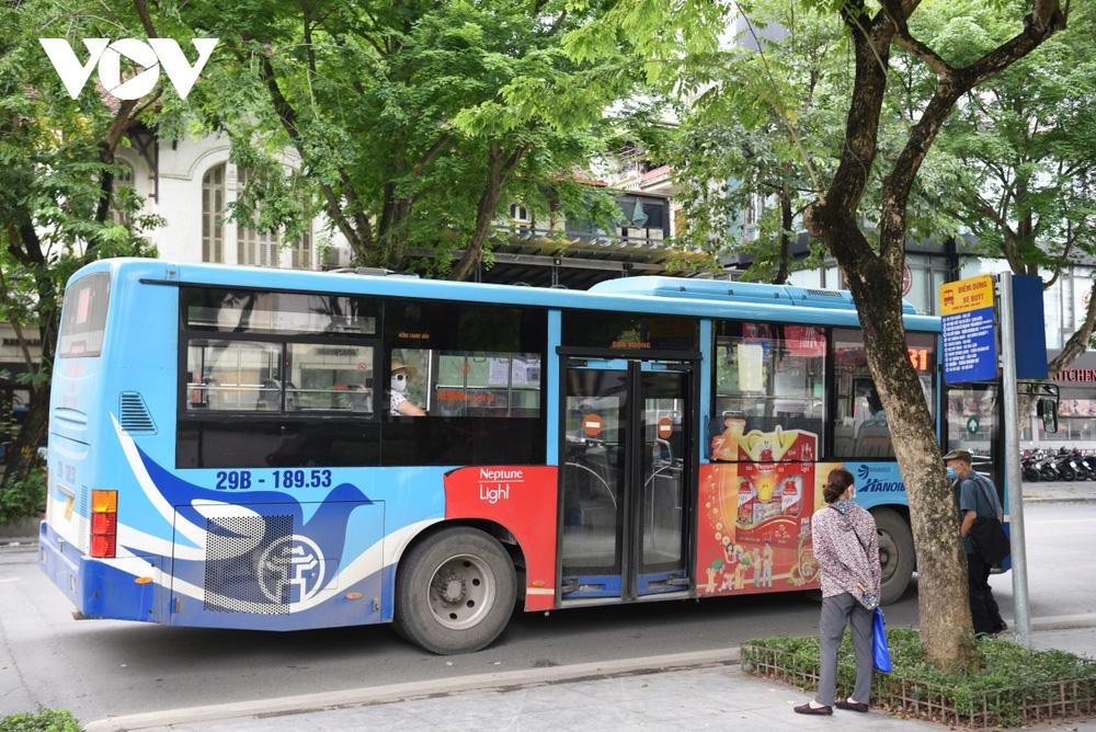 Những ai được đi xe buýt ở Hà Nội sau ngày 21/9?-1