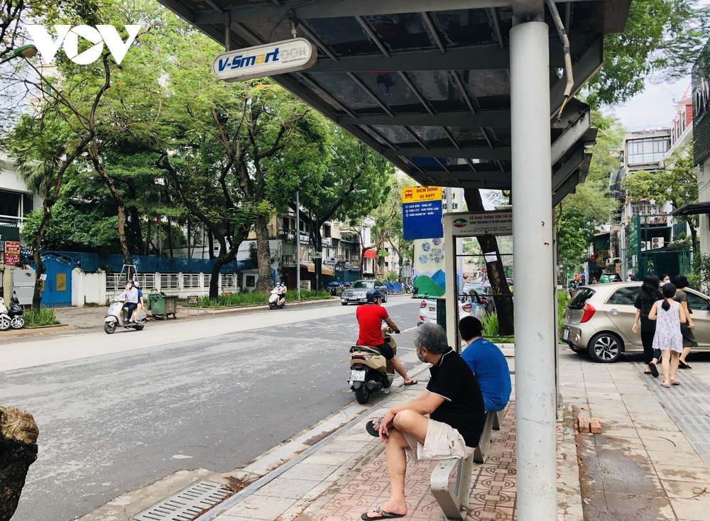 Những ai được đi xe buýt ở Hà Nội sau ngày 21/9?-2