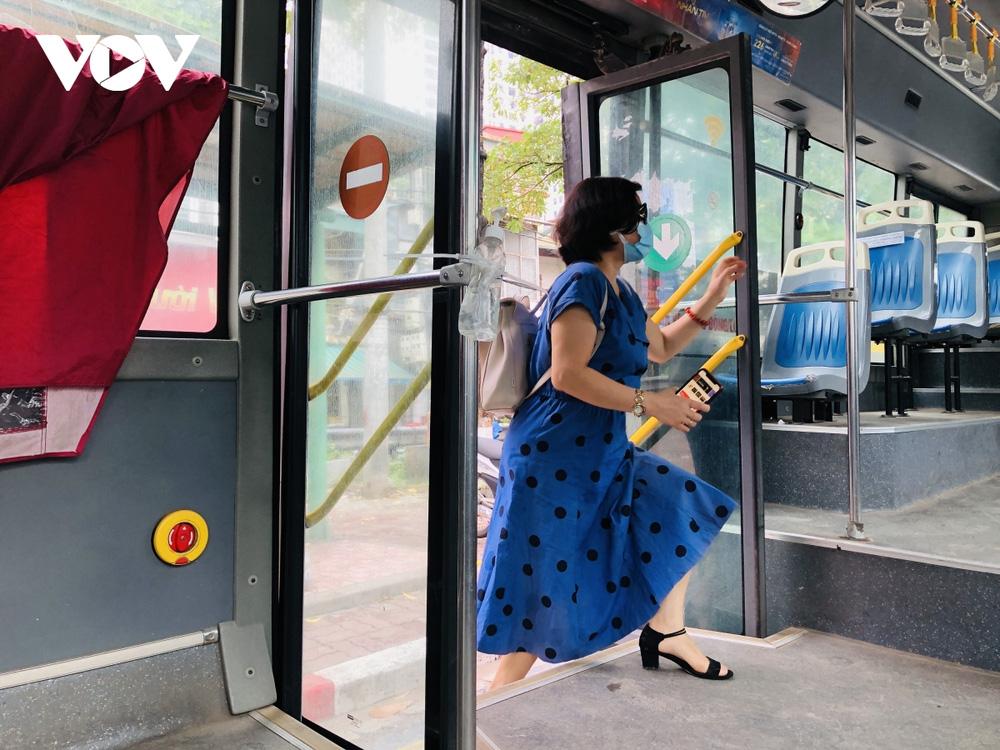 Những ai được đi xe buýt ở Hà Nội sau ngày 21/9?-3