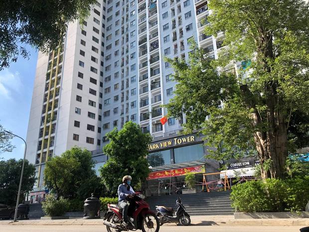 Hà Nội: Người phụ nữ ở nhà 2 tháng dương tính không rõ nguồn lây, phong toả chung cư 1.200 dân-1