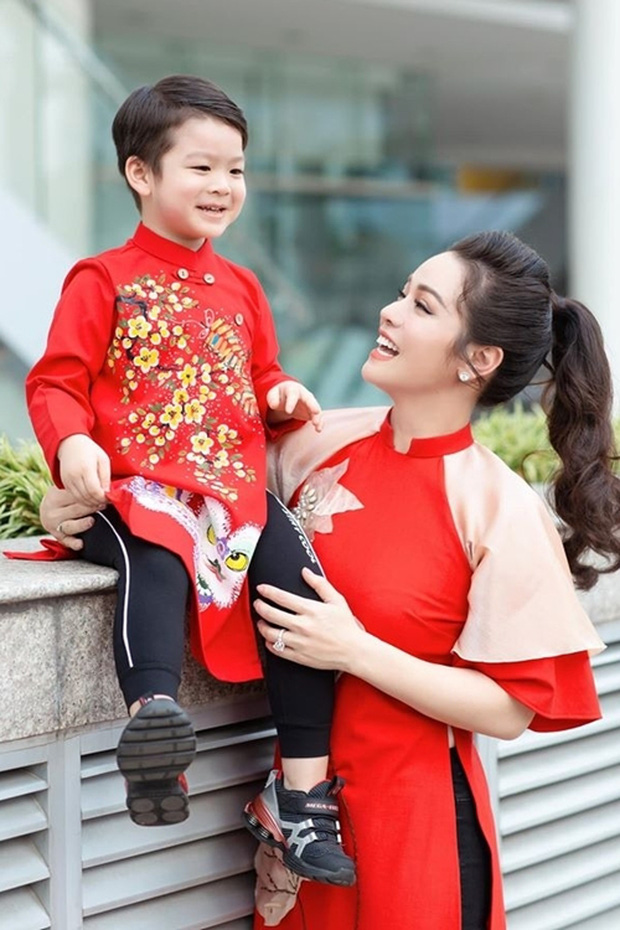 Nhật Kim Anh rơi nước mắt khi không thể đón con trai về ở cùng dù thắng kiện chồng cũ, lý do vì sao?-8