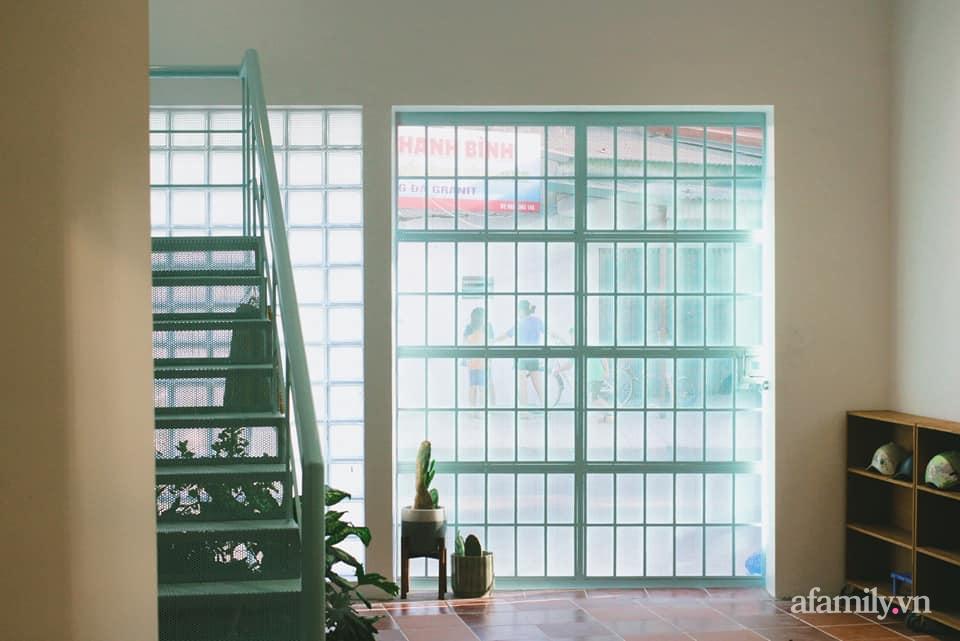 Nhà phố 60m² cải tạo đẹp ấn tượng của vợ chồng giáo viên mỹ thuật ở Hải Phòng-10