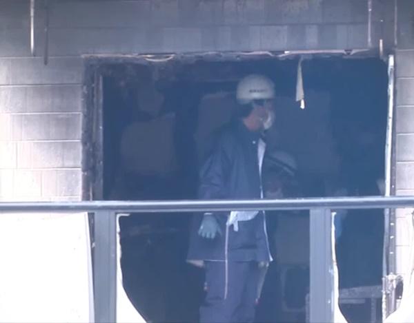 Cả căn chung cư cháy rụi, hai mẹ con tử vong bi thảm trong phút chốc chỉ vì một lý do quen thuộc khi thức khuya-2