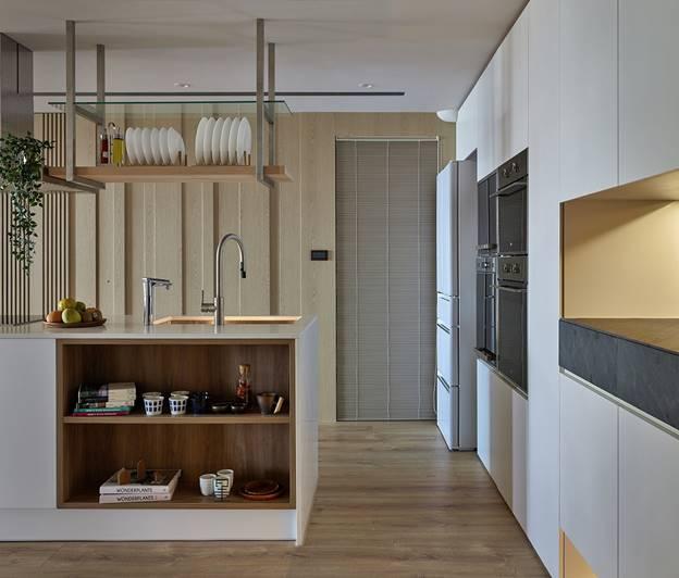 Cuộc sống hạnh phúc của gia đình 5 người trong căn hộ nhỏ, diện tích hạn chế nhưng không gian sống vẫn thoải mái và tiện nghi-13