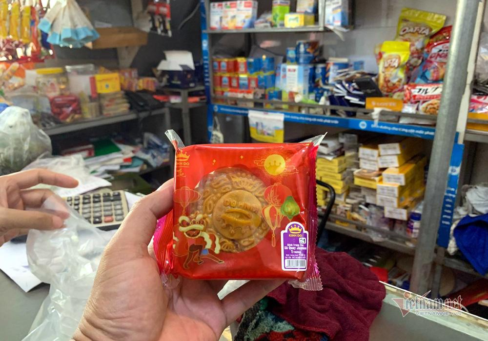 Bất ngờ ở Hà thành: Bánh Trung thu khan hiếm, chưa dọn cỗ đã hết sạch-3