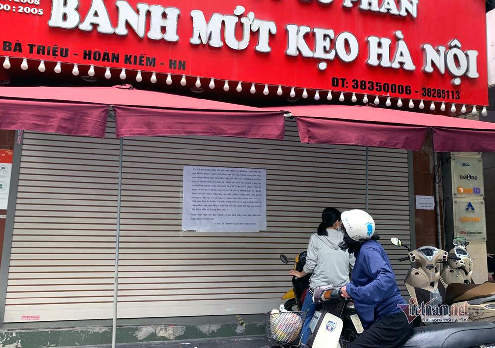 Bất ngờ ở Hà thành: Bánh Trung thu khan hiếm, chưa dọn cỗ đã hết sạch-4