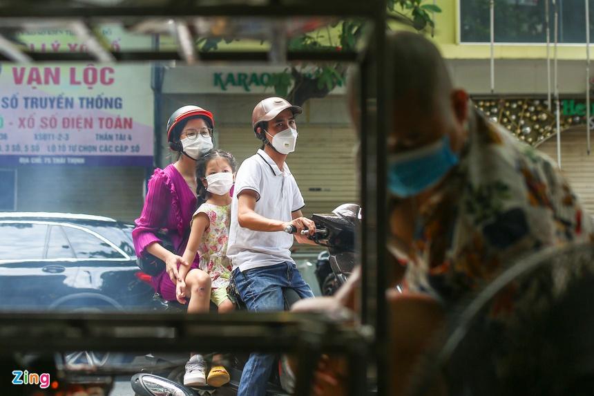 Quán ăn ở Hà Nội từ chối khách vì quá đông người mua về-3