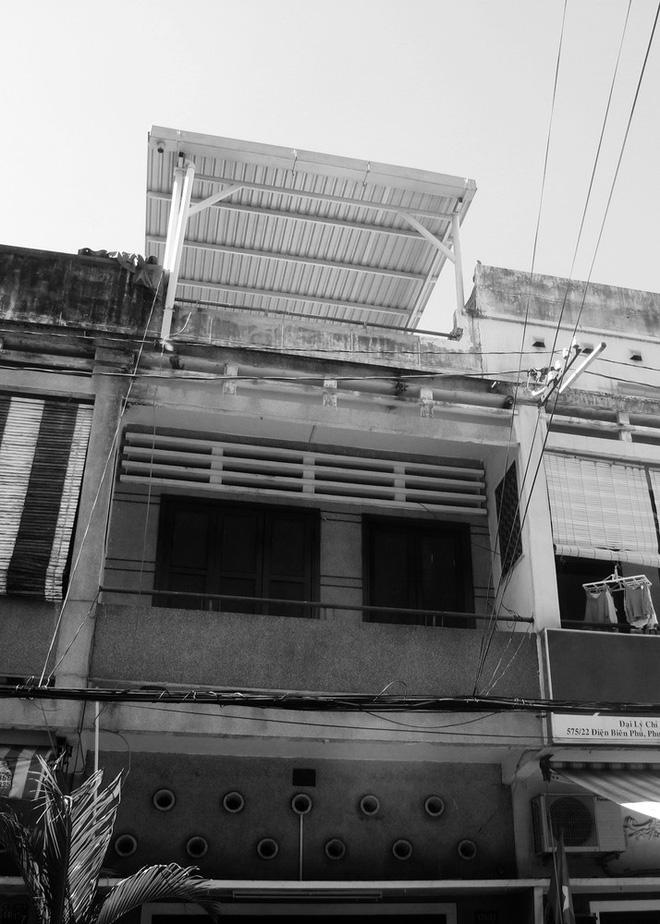 Ngôi nhà 60m2 với vô vàn ô cửa sắc màu ở Sài Gòn, bên trong chuẩn vibe vintage quá mê-2