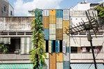 Ngôi nhà 60m2 với vô vàn ô cửa sắc màu ở Sài Gòn, bên trong chuẩn 'vibe' vintage quá mê