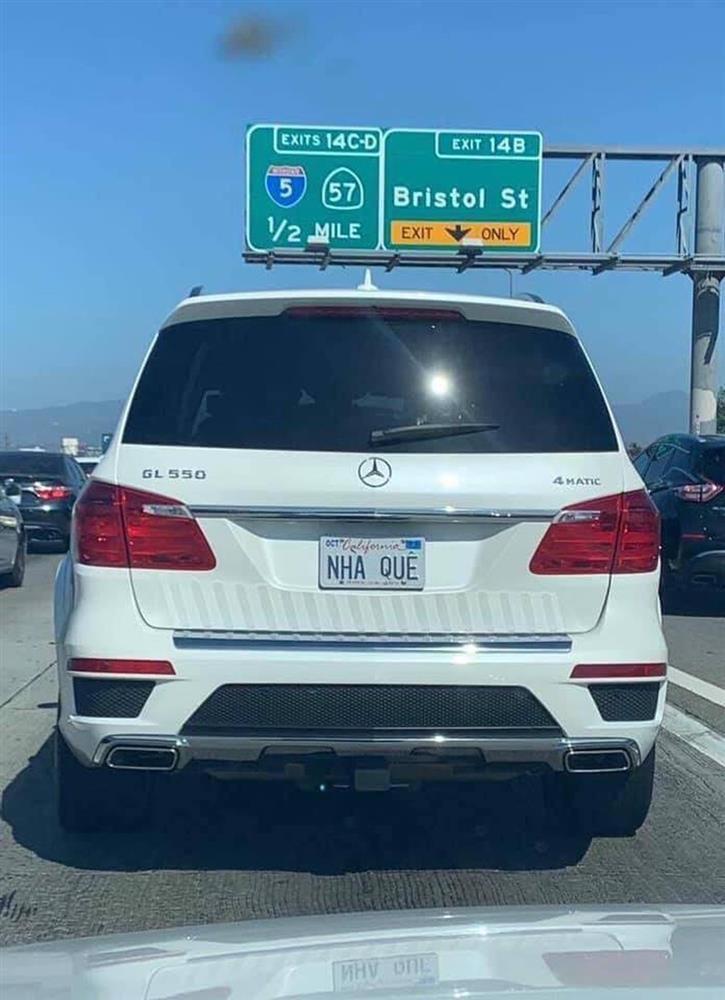 Khóc dở cười dở trước 1001 cách đặt biển số xe của người Việt tại Mỹ - Có người rất yêu trái mướp đắng?-4