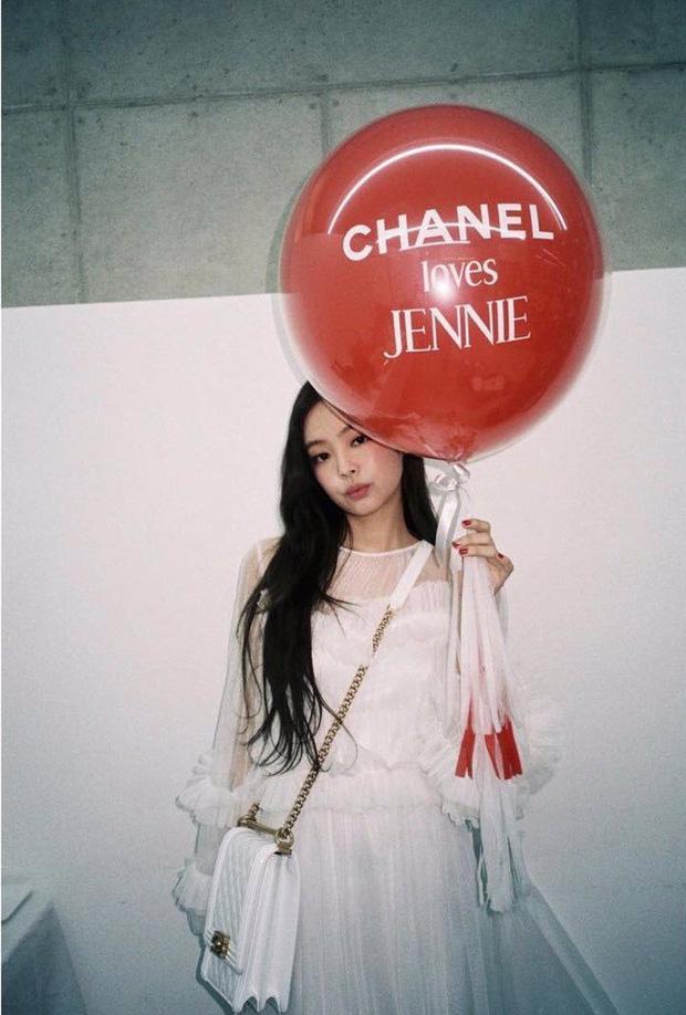 Từng bị mỉa mai vì danh Chanel sống nhưng nay Jennie khiến antifan cũng phải ghen tị đỏ mắt-4