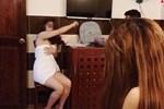 Bắt quả tang 4 cô gái bán dâm trong nhà nghỉ, lộ đường dây 'nuôi' gái mại dâm tại gia giữa mùa dịch