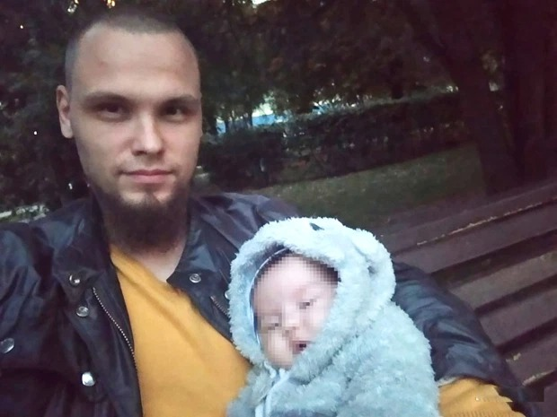 Nữ kiến trúc sư chết lõa thể cùng con gái 1 tuổi trong căn hộ, cảnh tượng sau cánh cửa khiến cảnh sát cũng phát hoảng-5