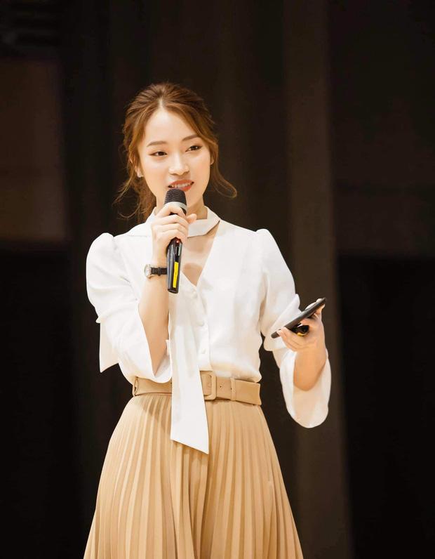 Khánh Vy trở thành MC chính thức của Đường Lên Đỉnh Olympia?-3
