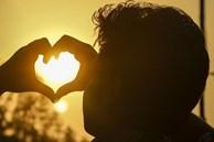 Người đàn ông đã động chân tình với bạn, sẽ không tự chủ được mà nói ra những lời này, nghe qua một câu cũng là tình yêu đích thực