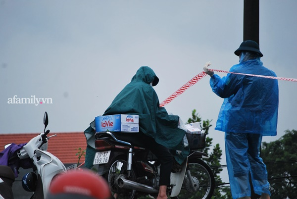 Hà Nội: Lập chốt kiểm soát lối vào nhà công nhân xây dựng tử vong vì tai nạn xét nghiệm dương tính SARS-CoV-2-6