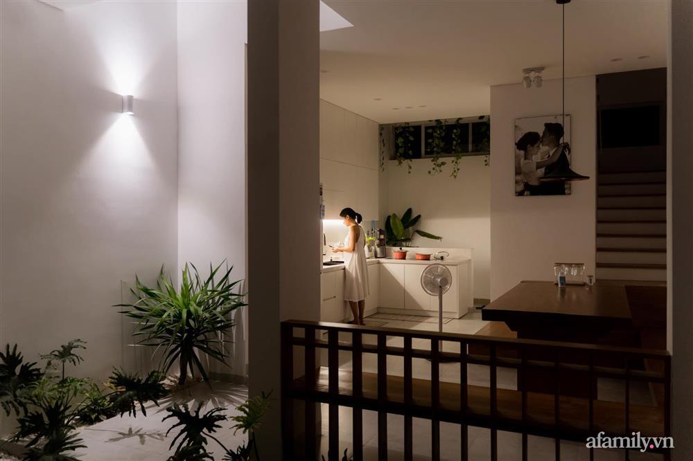 Căn nhà phố màu trắng gọn xinh ấm cúng của cặp vợ chồng trẻ Đà Nẵng có chi phí hoàn thiện 1,4 tỷ đồng-12