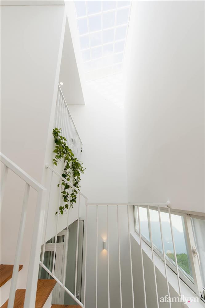 Căn nhà phố màu trắng gọn xinh ấm cúng của cặp vợ chồng trẻ Đà Nẵng có chi phí hoàn thiện 1,4 tỷ đồng-8