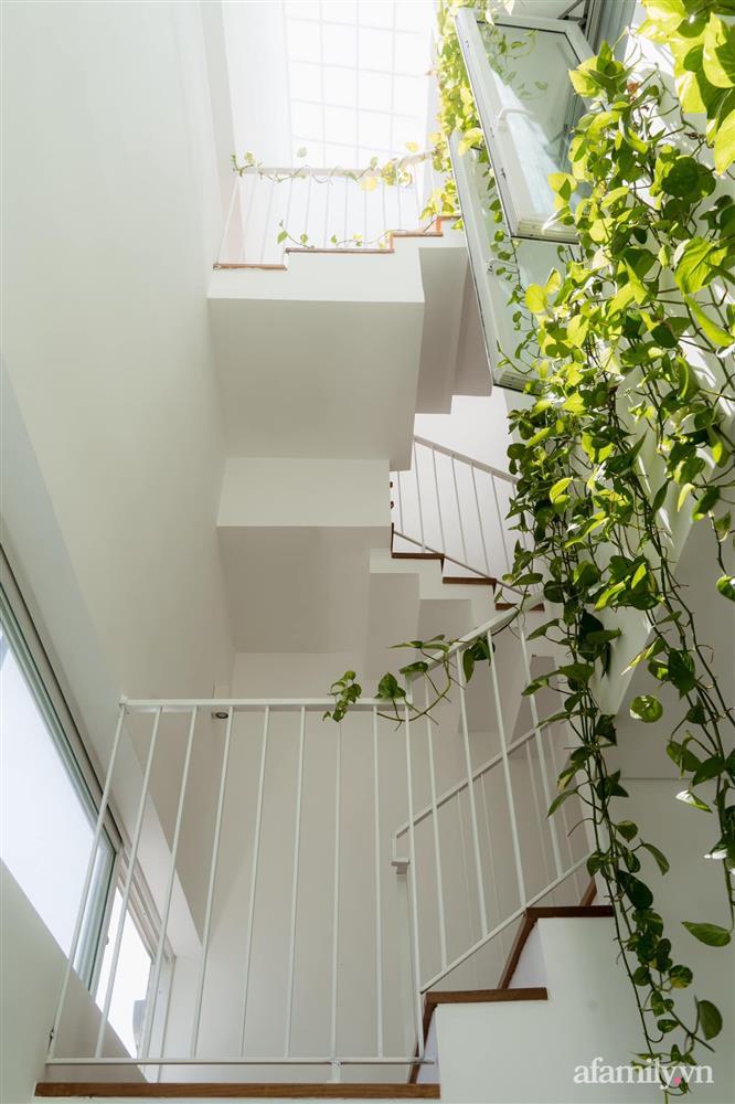 Căn nhà phố màu trắng gọn xinh ấm cúng của cặp vợ chồng trẻ Đà Nẵng có chi phí hoàn thiện 1,4 tỷ đồng-18